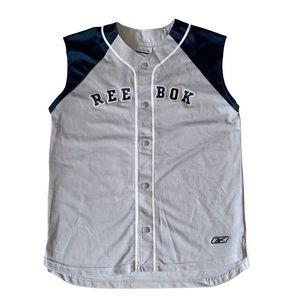 Vintage NWT Reebok baseball jersey Size: Large